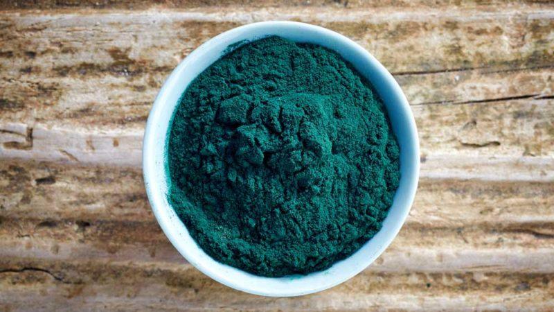 Quali sono i benefici dell'alga spirulina? Analisi completa e consigli