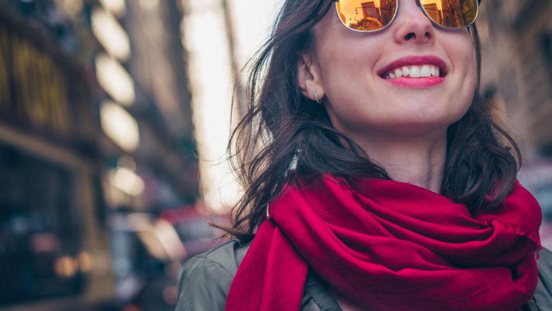La verità su Smile Ready: la mascherina per denti perfetti. Funziona o truffa? Recensioni, opinioni e prezzo